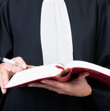 Avocat en droit de la responsabilité administrative à Boulogne-Billancourt